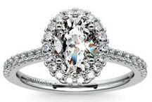 Platinum Engagement Rings / Our selection of beautiful platinum diamond engagement rings are custom made to order here at brilliance.com. For more information about a specific piece, contact us at 1-866-737-0754 or service@brilliance.com