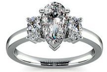 Pear Diamond Rings Collection / Customize your wedding ring or engagement ring with a pear diamond from brilliance.com. For more information about a specific piece, contact us at 1-866-737-0754 or service@brilliance.com