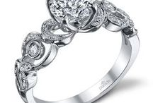 Parade Design Engagement Rings / Parade Designs focuses on Bridal and Fashion jewelry designs influenced heavily by natural aesthetics, bringing a fresh, innovative twist to classically vintage forms.
