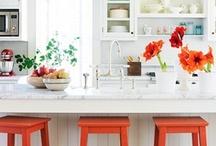 Kitchens / by Allison Cox Vasquez