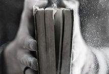 Bücher / by Betsy Trinklein