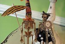Halloween Crafts / by Donna Kretschmer DiTusa