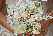 Wedding Bouquets / Flowers for the bride and her bridal party