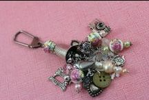 Dangle Charms & Tags / by Cathy Childs Morrison