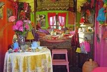 gypsy wagons / by Donna