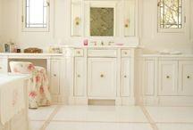 Bathroom&Closet / by Kendall Bennett