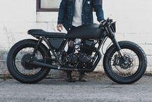 Motorcycles / Motos, motos y más motos!