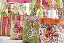 Sewing projects - bags / by Linda Pearman