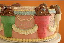 Amazing Cakes / by Sara St. Martin