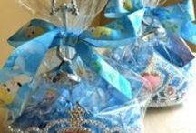 Gift Wrapping Ideas / by Debra Kulp-Glass