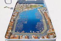 Marseille / Marseille chef-lieu du département des Bouches-du-Rhône & de la région Provence-Alpes-Côte d'Azur. Plus ancienne ville de France, fondée sous le nom de Μασσαλία (Massalía) vers 600 av. J.-C. par des marins grecs originaires de Phocée, Marseille est depuis l'Antiquité un des plus important port de commerce et de passage de la Méditerranée.