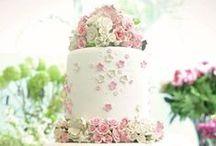 Wedding Cake & Flowers / by Maureen