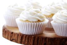 Cupcakes // / This is cupcake heaven. Be inspired