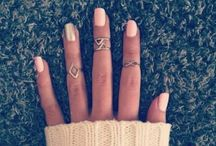 Jewelry / by Lindsay Dever