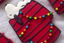 Christmas Cookies / Christmas cookies  / by Lindsay Dever