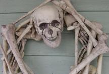 Halloweeeeeeeen! / It's never too early to start planning for Halloween!