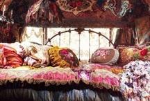 Gypsy den / Bohemian, gypsy, gyp-set style