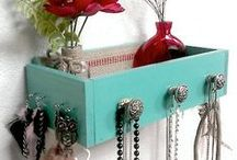 Cleaning/Organizing Tips / by Melissa Anderson