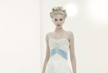 Bridal Hair Styles / by Vivienne Mackinder