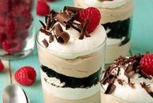 Dessert / by Maria Lizi