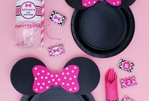 Magical Minnie Mouse Birthday / Ideas for a cutie Minnie Mouse birthday party. / by Valerie Paige