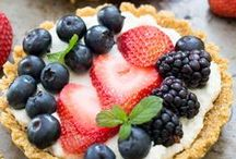 ENJOY LIFE, EAT DESSERT! / Pies and tarts and cookies... oh my!