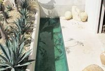 Pool Ideas & Pool Design / Swimming pool inspiration, pool design ideas, and pool party inspo.