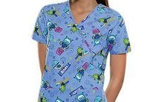 Scrubs for Animal Lovers / Animal prints scrubs have now become a part of healthcare professionals wardrobe. Here are some of the nursing scrubs  that will surely be a part of the collection of animal lovers out there.