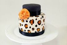 Creative Cakes / Cakes for men, cakes for girls, cakes for boys, kids cakes, cakes for teens, beautiful cakes / by Jody [MommyMoment.ca]