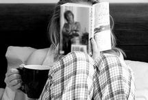 Readers / Pictures of all kinds of readers from all over the world.