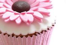 Cakes/cupcakes/desserts / by Lisa Waldron