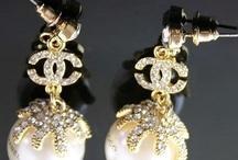 Accessories: Earrings