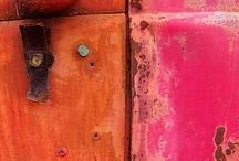 Color: Pink & Orange