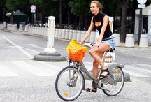 Cool Chicks on Bicycles