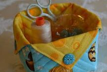 Bags & Baskets / by Dawn Sparks