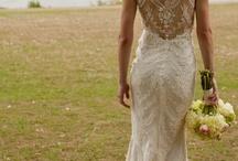 Beautiful wedding dresses / by Daniah Tanori