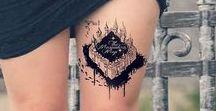 Tattoo / Encre de peau. Message inscrit en l'âme, retracé en visible, à fleur de peau.