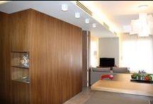 Reforma integral en Barcelona / Distribución atípica para una vivienda en el centro de Barcelona. Os animáis a ver el antes y el después? La vivienda constaba de un comedor, la cocina, dos baños y tres habitaciones y, se convirtió en un espacio diáfano con dos suites.