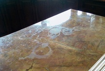 Cleaning Granite Worktops / Good granite worktops, well-selected and professionally installed can give almost any home that luxurious, glossy home-magazine look. Granite just screams class, sophistication and sheer, natural beauty. There is something raw and timeless about having a big slab of rock in the otherwise very angular environment of the kitchen