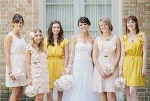 bridal party posing inspiration
