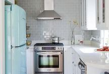 kitchens / by Kimberly Radley