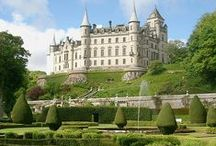 Castles, Palaces and Châteaux