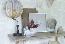 Vignettes / I adore vignettes.  Small or large spaces featuring a collection of beautiful trinkets and treasures.