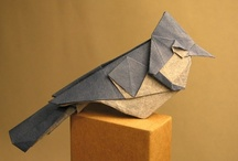 Origami. / The art of make things with paper.  / by Berta Viteri Ramírez