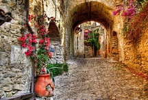 Gorgeous Villages in Italy / by bedbreakfast