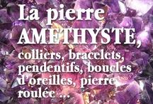 Amethyst / L' améthyste est l'un des cristaux des plus connus  et des plus beaux, elle propose une large gamme de nuances, de formes et de tailles. Il s'agit d'un quartz coloré par différents apports de fer ou d'aluminium. Ses nuances vont du lilas clair au violet foncé.