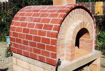 How to build a pizza oven / Step by step instructions for building a brick pizza oven. If you want to learn how to build a pizza oven, then you should pay attention to the construction projects. Use quality bricks and professional plans for your backyard pizza oven.