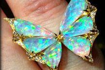 Opale / Beauté éternelle, éclat sans pareil ... l'opale