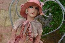 Old Dolls / I love dolls of the 20's and 30's, particularly French boudoir dolls and hat stands