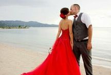 Red Dress 'Love' / Red. wildly romantic, stunning, outstanding.... Who doesn't love a red dress....